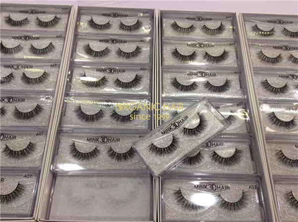 Handmade real 3D mink eyelash extensions supplier